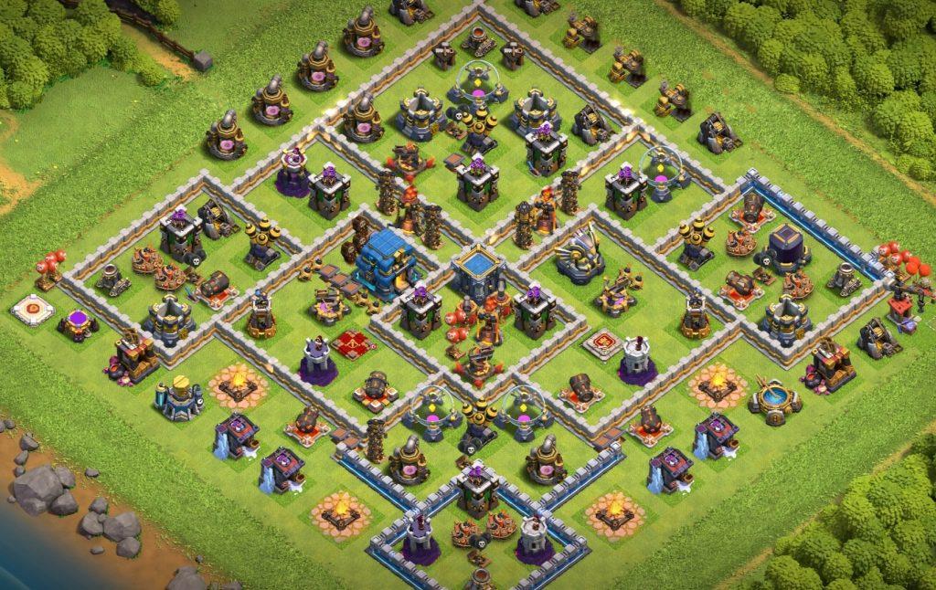 Town-Hall-12-Farming-Base